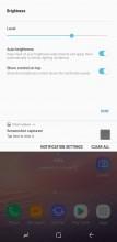 Notification shade: Brightness settings - Samsung Galaxy Note8 review
