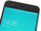 the earpiece above the screen - Xiaomi Mi 6 review