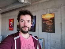 Selfie samples - f/2.0, ISO 100, 1/50s - Honor Magic 2 review