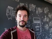 Selfie samples - f/2.0, ISO 100, 1/33s - Honor Magic 2 review
