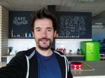 Selfie samples - f/2.0, ISO 160, 1/33s - Honor Magic 2 review