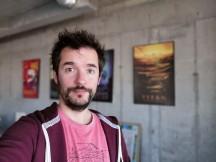 Selfie portraits - f/2.0, ISO 100, 1/50s - Honor Magic 2 review