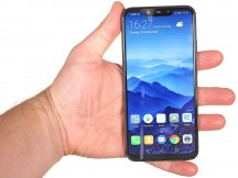 In the hand - Huawei Mate 20 lite review