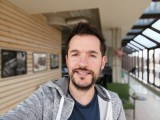 Selfie samples, Portrait mode: AI off - f/4.0, ISO 50, 1/106s - Huawei P Smart 2019 review