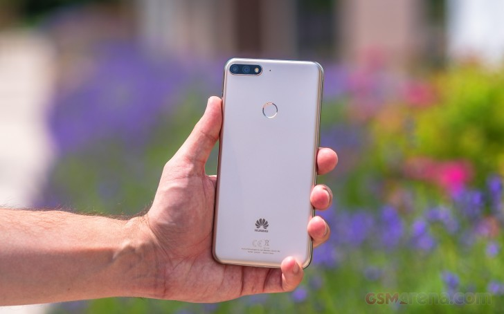 Huawei Y7 Prime (2018) review: Design, 360-degree spin