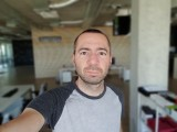 LG G7 8MP selfie portrait samples - f/1.9, ISO 50, 1/120s - LG G7 ThinQ review