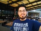 Selfie camera portrait samples - f/2.0, ISO 100, 1/131s - Moto Z3 review