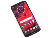 Front - Moto Z3 review