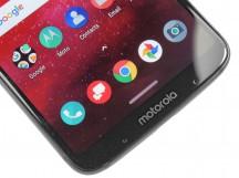 Chin - Moto Z3 review