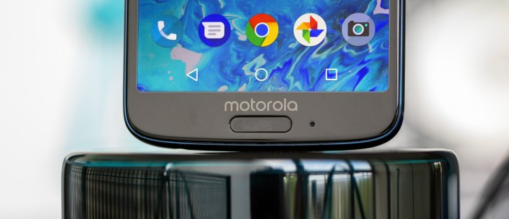 Moto G6 review: Lab tests - display, battery life, speaker