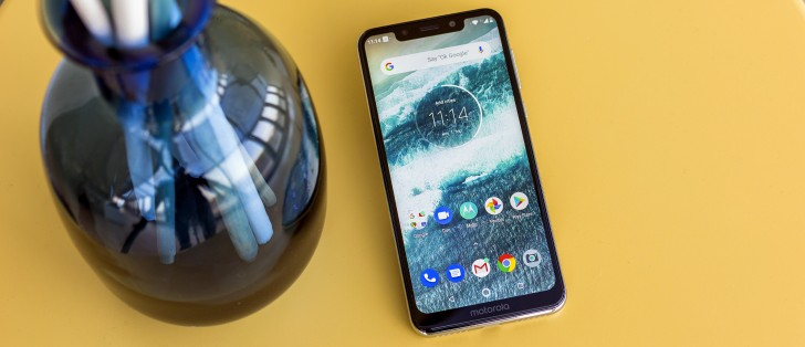 Motorola One review: Software, performance