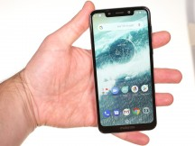 Motorola One in the hand - Motorola One review