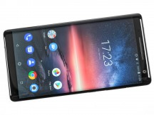 16: 9 POLED display - Nokia 8 Sirocco review