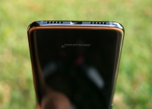 Bottom - Oneplus 6t Mclaren Edition Review  review
