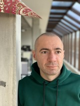 Scene 4: iPhone XS Max - f/2.4, ISO 80, 1/122s - Portrait Modes Compared review