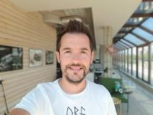 Selfie samples, Selfie focus mode - f/1.7, ISO 40, 1/220s - Samsung Galaxy Note9 review