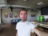Sony Xperia XA2 Plus 8MP group selfies - f/2.4, ISO 96, 1/30s - Sony Xperia XA2 Plus review