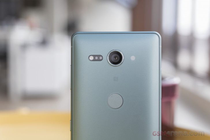 Sony Xperia XZ2 and XZ2 Compact hands-on review: Design