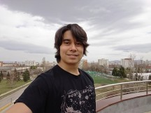 Xperia XZ2 selfie samples - f/2.2, ISO 40, 1/64000s - Sony Xperia XZ2 review