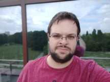 Selfie portrait samples - f/2.0, ISO 50, 1/522s - vivo NEX S review