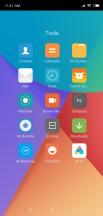 Folder UI - Xiaomi Mi 8 SE review