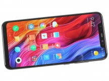 Notched 6.21-inch AMOLED - Xiaomi Mi 8 review