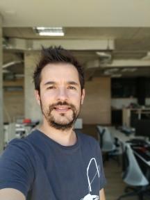 Portrait mode samples - f/1.8, ISO 100, 1/136s - Xiaomi Mi A2 review