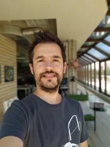 Portrait mode samples - f/1.8, ISO 100, 1/256s - Xiaomi Mi A2 review