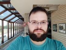 Selfie beauty mode: Medium - f/2.0, ISO 100, 1/155s - Xiaomi Mi Max 3 review