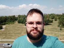 Mi Max 3 selfies - f/2.0, ISO 100, 1/1432s - Xiaomi Mi Max 3 review