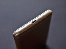 Bottom - Xiaomi Redmi 6 and 6a review