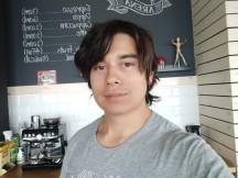 Redmi Note 5 AI Dual Camera selfie samples - f/2.0, ISO 425, 1/33s - Xiaomi Redmi Note 5 AI Dual Camera review