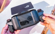 Phone goes into dock with the Gamepad mounted - Asus ROG Phone II hands-on review