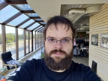 ROG Phone II selfie samples - f/2.0, ISO 43, 1/344s - Asus ROG Phone II review