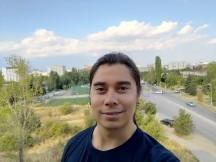 ROG Phone II selfie samples - f/2.0, ISO 43, 1/1121s - Asus ROG Phone II review