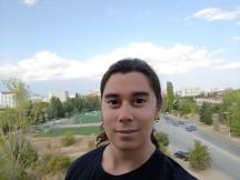 ROG Phone II selfie beauty mode - f/2.0, ISO 25, 1/1141s - Asus ROG Phone II review