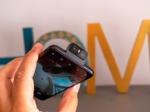 Flippy camera in different positions - Asus Zenfone 6 hands-on review