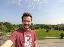 Selfie samples, ultra wide camera, HDR Auto - f/2.4, ISO 25, 1/910s - Asus Zenfone 6 review