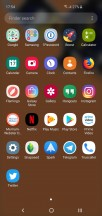 Samsung One UI on the Galaxy S10e - Samsung Galaxy S10e vs. iPhone XR review