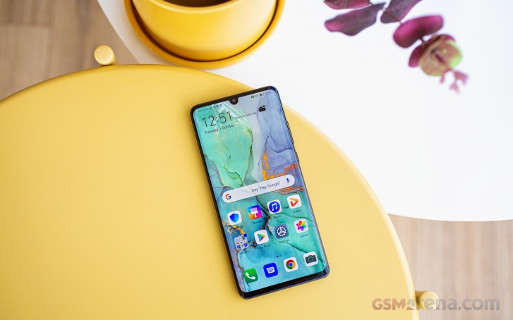 https://fdn.gsmarena.com/imgroot/reviews/19/huawei-p30-pro-long-term/lifestyle/-727w2/gsmarena_002.jpg
