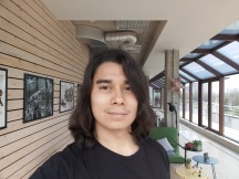 LG G8 camera sample, Selfie: Normal - f/1.7, ISO 50, 1/154s - LG G8 Thinq review