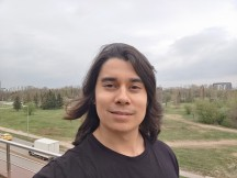 LG G8 camera sample, Selfie: Normal - f/1.7, ISO 50, 1/773s - LG G8 Thinq review
