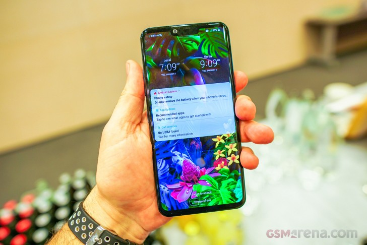 LG V50 5G ThinQ, G8 ThinQ hands-on review
