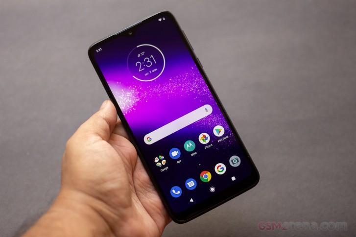 Motorola One Macro hands-on review