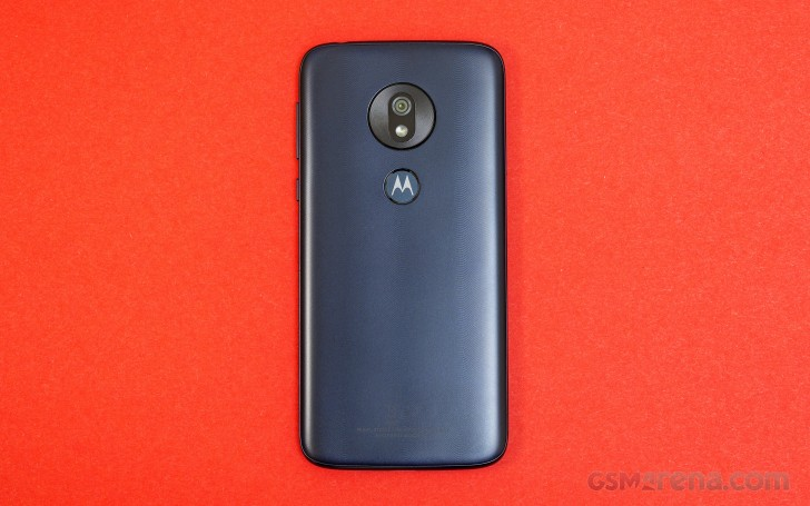 Motorola Moto G7 Play review: Design and spin