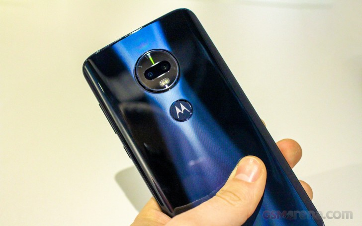 Moto G7 family hands-on review: Camera, final words