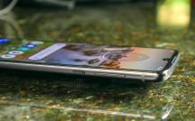 Right - Motorola Moto Z4 review