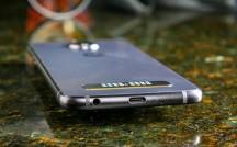 Top - Motorola Moto Z4 review