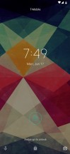 Lockscreen - Motorola Moto Z4 review