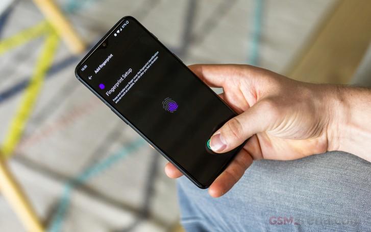 OnePlus 6T long-term review: Display, fingerprint sensor
